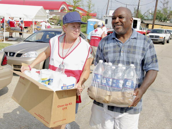 Volunteer「Hurricane Rita Slows New Orleans Recovery」:写真・画像(8)[壁紙.com]
