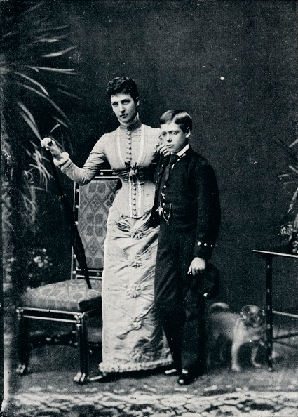 George C「'Queen Alexandra and her second son, the future King George V, c1877 (1910)」:写真・画像(16)[壁紙.com]