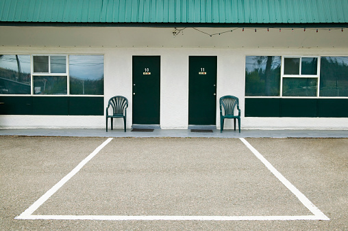 Motel「Motel in British Columbia」:スマホ壁紙(12)