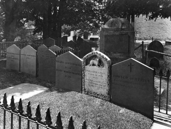 Cemetery「Grave Of Wordsworth」:写真・画像(15)[壁紙.com]