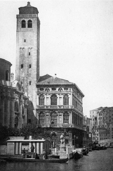 建築上の特徴「Church Campanile」:写真・画像(1)[壁紙.com]