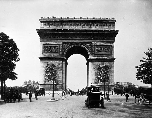 Arc de Triomphe - Paris「Arc De Triomphe」:写真・画像(2)[壁紙.com]