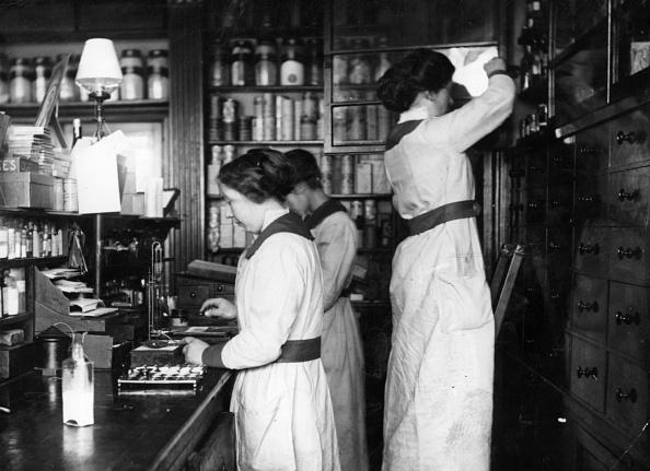 Assistant「Chemists」:写真・画像(17)[壁紙.com]