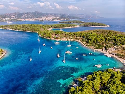 Croatia「Plakinski Islands Aerial View in a sunny day」:スマホ壁紙(11)