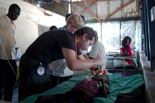 Tom Stoddart Archive「Red Cross Hospital In South Sudan」:写真・画像(11)[壁紙.com]