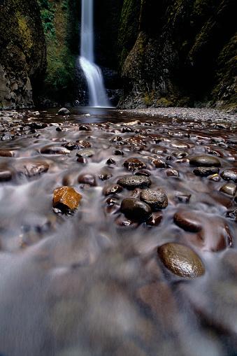 Oneonta Gorge「Stream Running over Rocks」:スマホ壁紙(11)