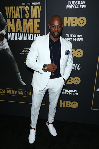 "Fully Unbuttoned「Premiere Of HBO's ""What's My Name: Muhammad Ali"" - Red Carpet」:写真・画像(14)[壁紙.com]"
