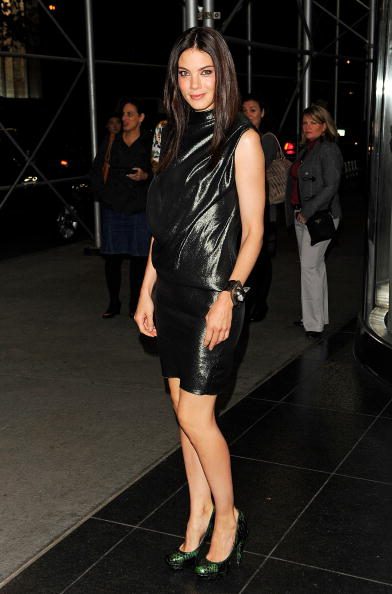 "Sleeveless Dress「Giorgio Armani & The Cinema Society Host A Screening of ""Fair Game"" - Outside Arrivals」:写真・画像(5)[壁紙.com]"