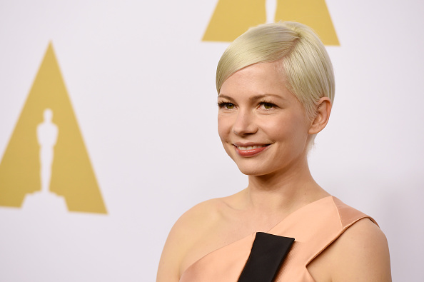 女優「89th Annual Academy Awards Nominee Luncheon - Arrivals」:写真・画像(4)[壁紙.com]