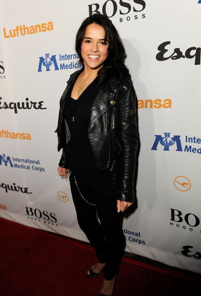Biker Jacket「Esquire Celebrates The Grand Opening Of Esquire House LA With International Medical Corps Benefit Hosted By Sienna Miller - Red Carpet」:写真・画像(14)[壁紙.com]