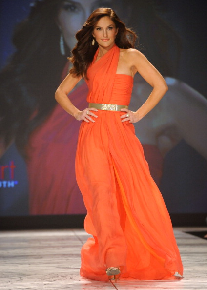 Gold Belt「The Heart Truth 2013 Fashion Show」:写真・画像(18)[壁紙.com]