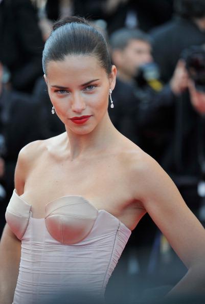 アドリアナ・リマ「'The Homesman' Premiere - The 67th Annual Cannes Film Festival」:写真・画像(9)[壁紙.com]