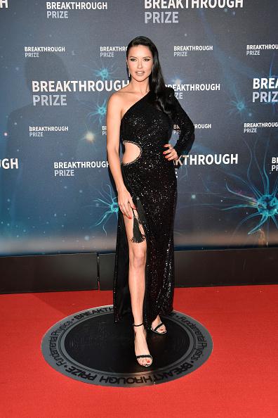 輝いている「2020 Breakthrough Prize - Red Carpet」:写真・画像(19)[壁紙.com]