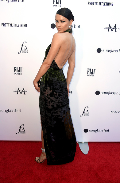 Backless「The Daily Front Row's 5th Annual Fashion Los Angeles Awards - Arrivals」:写真・画像(1)[壁紙.com]