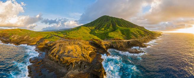 Volcano「USA, Haswaii, Oahu, Hanauma Bay Nature Preserve, Hanauma Bay」:スマホ壁紙(12)