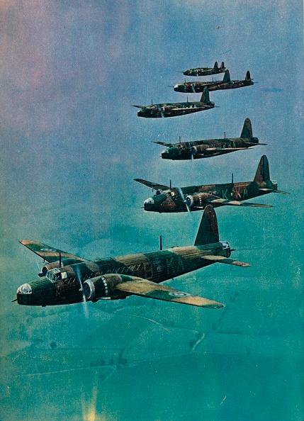 カラー画像「Wellington Bombers in Formation, 1940.」:写真・画像(6)[壁紙.com]