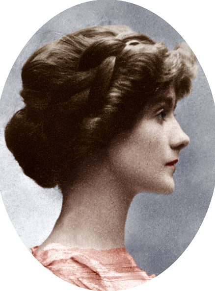 1910-1919「Gabrielle Chasnel called Coco Chanel (1883-1971), french fashion designer, here before 1914」:写真・画像(11)[壁紙.com]