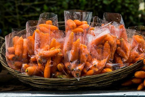 Dethan Punalur「Farm fresh carrot」:スマホ壁紙(17)