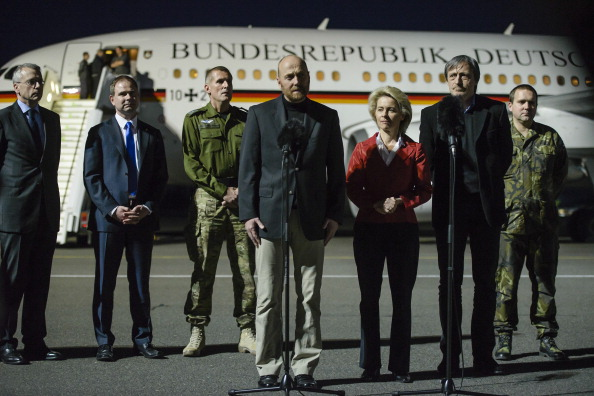 2014 Russian Military Intervention in Ukraine「Freed OSCE Hostages Arrive In Berlin」:写真・画像(15)[壁紙.com]