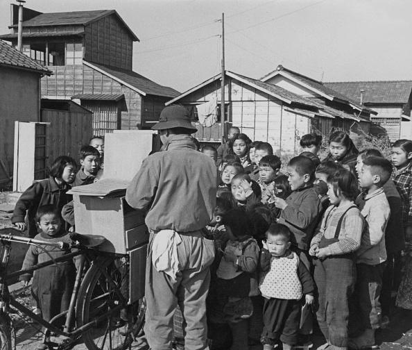 Postwar「Kamishibai」:写真・画像(3)[壁紙.com]