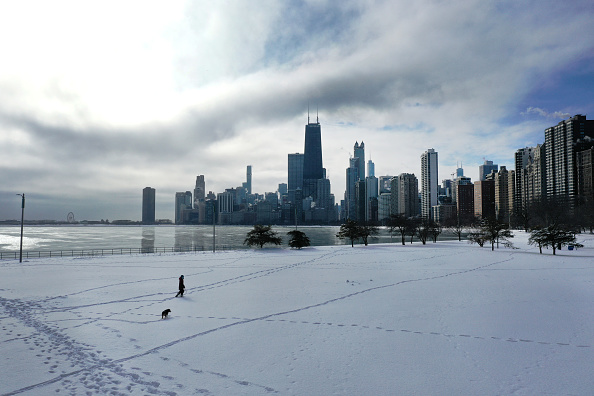 Weather「Frigid Weather Continues In Chicago, With Temperatures Hovering In Single Digits Into Weekend」:写真・画像(14)[壁紙.com]