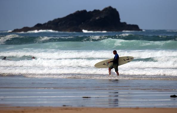 サーフィン「Newquay Prepares For The Summer Holiday Season」:写真・画像(18)[壁紙.com]