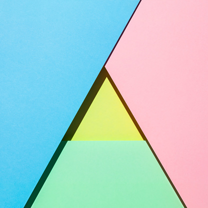 Kelly Green「Sheets of paper in pastel colors forming a triangle」:スマホ壁紙(2)
