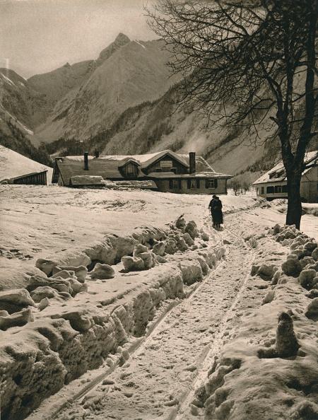 Country Road「Oberstdorf (Allgau). Spielmannsau - Trettachspitze, 1931」:写真・画像(14)[壁紙.com]
