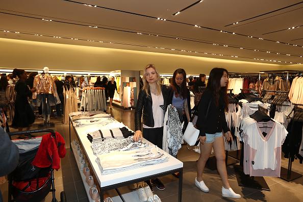 Zara - Brand-name「New Zealand's First Zara Store Opens In Auckland」:写真・画像(3)[壁紙.com]