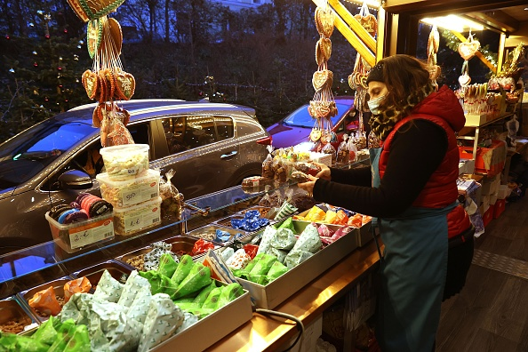 Bavaria「Drive-In Christmas Market Offers Alternative During Pandemic」:写真・画像(19)[壁紙.com]