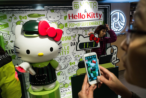 Cosplay「The World's First Hello Kitty Supermarket Opens In Hong Kong」:写真・画像(19)[壁紙.com]