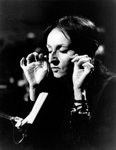 Singer「Barbara」:写真・画像(8)[壁紙.com]