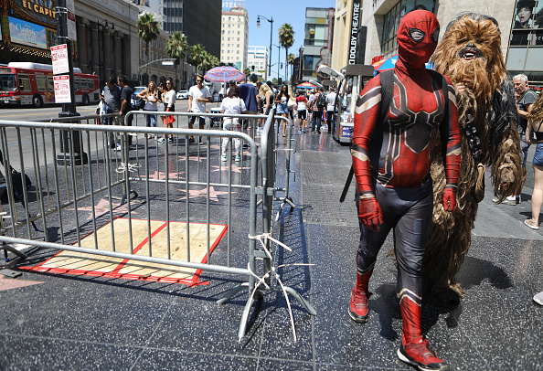 Hollywood - California「City Of West Hollywood Votes To Remove Trump Star From Walk Of Game」:写真・画像(13)[壁紙.com]