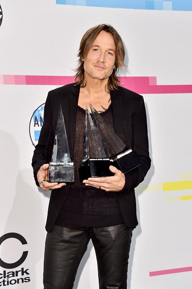 2017 American Music Awards「2017 American Music Awards - Press Room」:写真・画像(10)[壁紙.com]