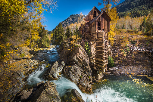 Aspen Tree「Abandoned Crystal Mill in Colorado mountain」:スマホ壁紙(15)