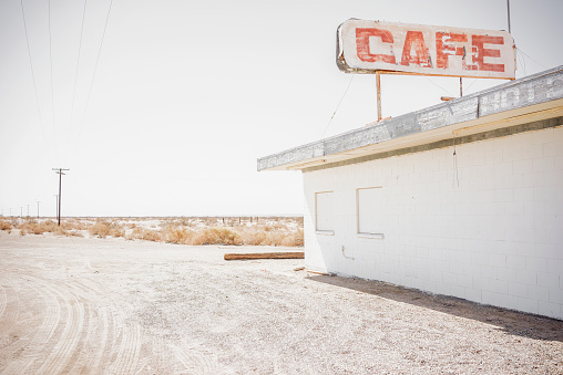 California「Abandoned cafe on rural dirt road」:スマホ壁紙(2)