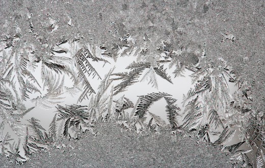 Frozen「Austria, Window covered with Ice crystal, close up」:スマホ壁紙(19)