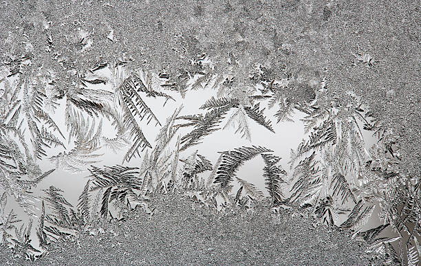 Austria, Window covered with Ice crystal, close up:スマホ壁紙(壁紙.com)