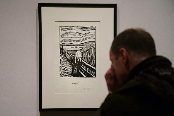 クレヨン「Press Preview Held For Edvard Munch Exhibition At The Met Breuer」:写真・画像(8)[壁紙.com]