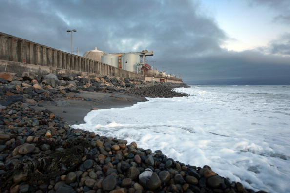 Wave - Water「San Onofre Nuclear Generating Station Fails Pressure Test, To Be Inspected By NRC」:写真・画像(3)[壁紙.com]