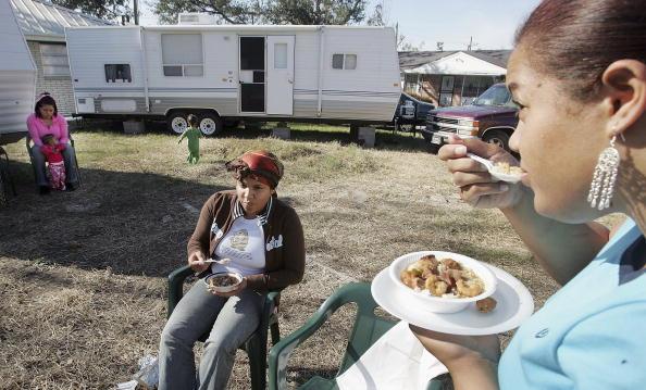Gumbo「Remaining New Orleans Residents Celebrate Thanksgiving」:写真・画像(18)[壁紙.com]