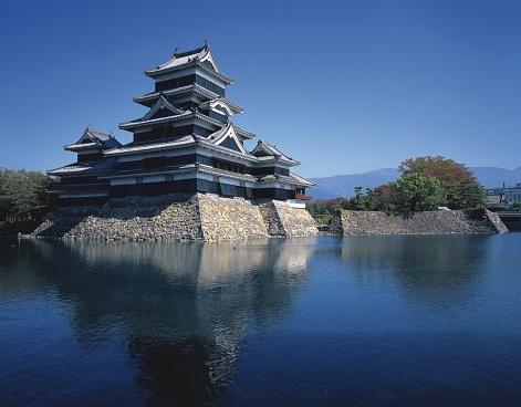 Japan「Matsumoto Castle and the Surrounding Canal. Nagano Prefecture, Japan」:スマホ壁紙(0)