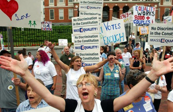 Massachusetts「Massachusetts Legislature Debates Challenge To Same Sex Marriage」:写真・画像(14)[壁紙.com]