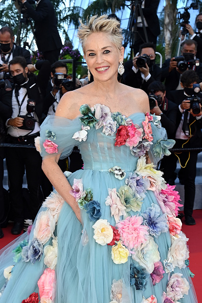 """Looking At Camera「""""A Felesegam Tortenete/The Story Of My Wife"""" Red Carpet - The 74th Annual Cannes Film Festival」:写真・画像(12)[壁紙.com]"""