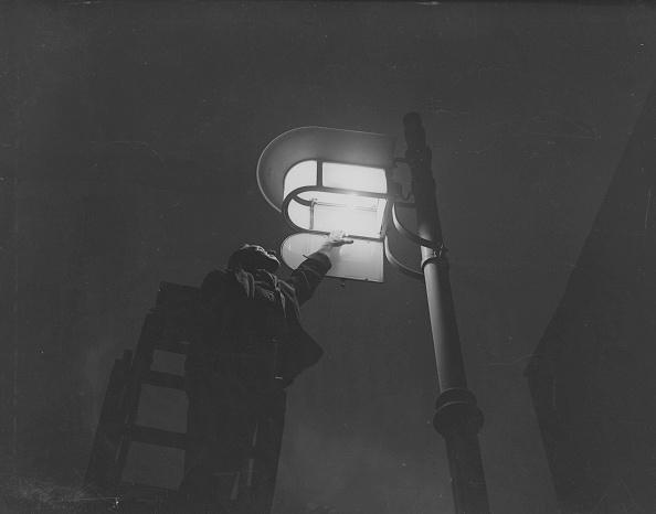 Light Bulb「Street Light」:写真・画像(15)[壁紙.com]