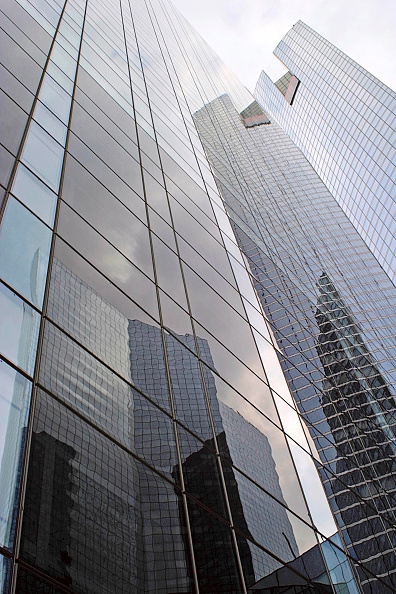 Office Building Exterior「La defense, modern buildings, Paris, France.」:写真・画像(12)[壁紙.com]