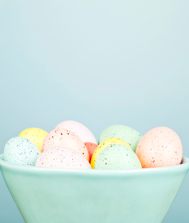 イースター「ボウルの斑点の卵」:スマホ壁紙(12)