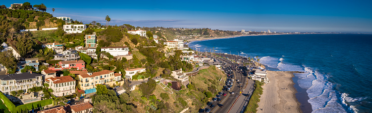 California State Route 1「Houses and Beaches in Malibu, California - Aerial Panorama」:スマホ壁紙(18)