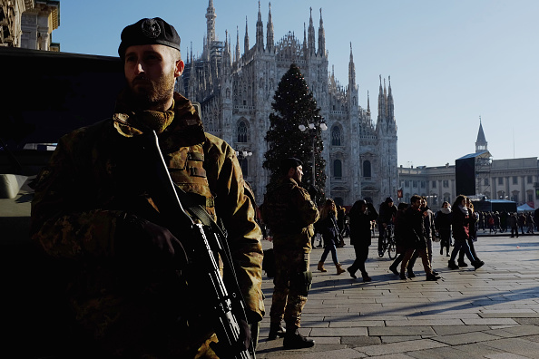 Milan「Milan Steps Up Security Measures Before New Year's Eve Celebrations」:写真・画像(10)[壁紙.com]