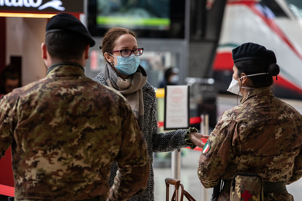 Italy「Italy Clamps Down On Public Events And Travel To Halt Spread Of Coronavirus」:写真・画像(12)[壁紙.com]